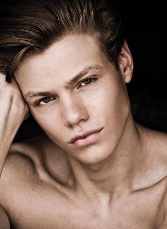 Florian Macek Modelwerk